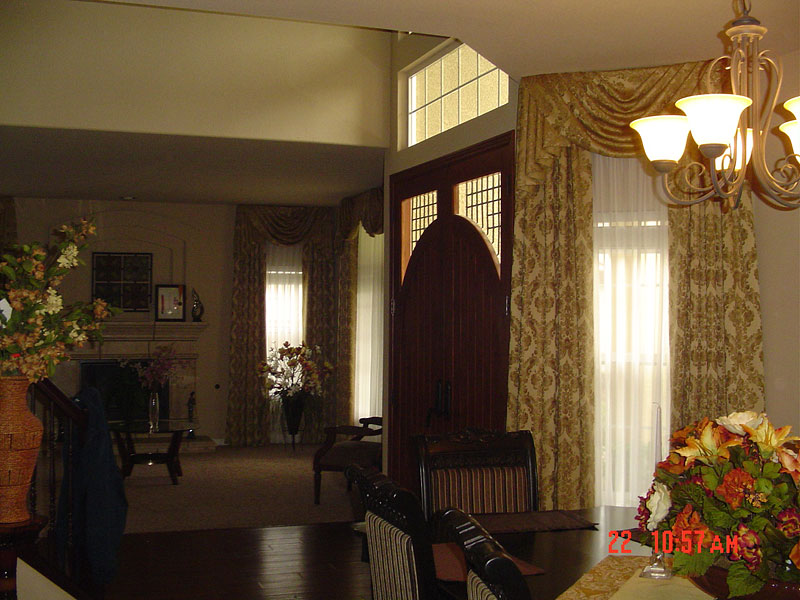 42_dining_room__living_room_drapery